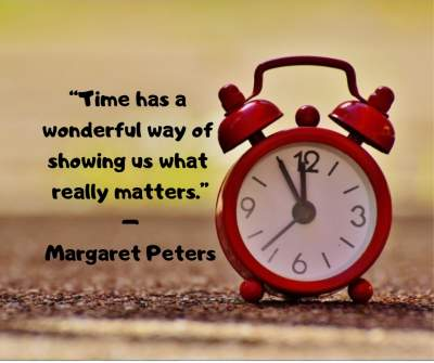 time status quotes for whatsapp