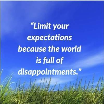 cool status quotes on expectations